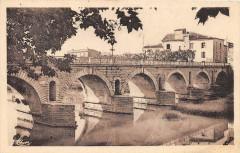 Sommieres Le Pont Cote Nord - Sommières