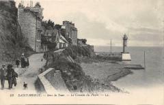 Saint Brieuc Sous La Tour Le Chemin Du Phare - Saint-Brieuc