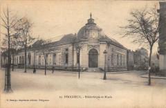 Perigueux Bibliotheque Et Musee - Périgueux
