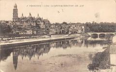 Perigueux L'Isle La Cathedrale St Front - Périgueux