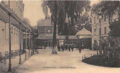 Contrexeville Cour D'Honneur - Contrexéville
