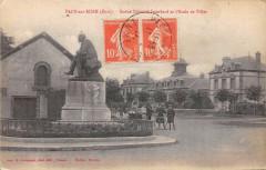Pacy Sur Eure Statue Isambard Ecole Filles - Pacy-sur-Eure