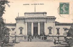 Saintes Le Palais De Justice - Saintes