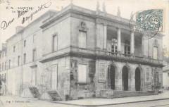 Saintes Le Theatre (dos non divisé) - Saintes