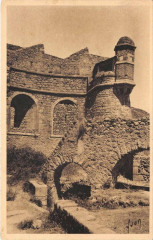 Villefranche De Conflent Un Coin Des Remparts - Villefranche-de-Conflent