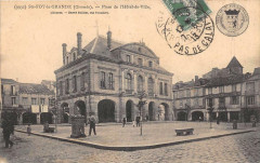 Sainte Foy La Grande Place De L'Hotel De Ville - Sainte-Foy-la-Grande