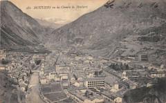 Moutiers Vu Du Chemin De Montfort - Moûtiers