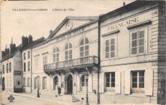 Villeneuve Sur Yonne Hotel De Ville - Villeneuve-sur-Yonne