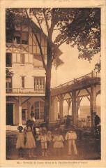 Terrasse Du Grand Hotel De La Feuillee Dorothee - Grand