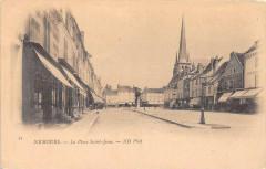 Nemours La Place Saint Jean  (dos non divisé) - Nemours