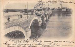 Les Ponts De Ce Pont Sur La Loire (dos non divisé) - Loiré