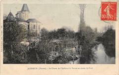 Jazeneuil Le Chevet De L'Eglise Et La Vonne En Amont Du Pont - Jazeneuil