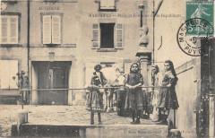 Maringues Place Et Fontaine De La Republique - Maringues
