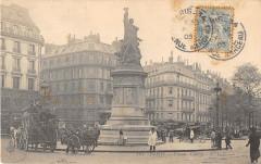 Paris XVIIe Place Clichy - Paris 17e