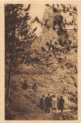 Saint Privat Gd Rocher Et Croix De Chevalier Du Tuffe (cliché pas courant - Saint-Privat