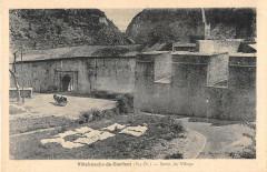 Villefranche De Conflent Sortie Du Village - Villefranche-de-Conflent