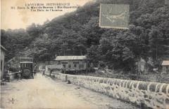 Route De Mur De Barrez ASainte-Genevieve Halte Autobus (cpa pas courante - Mur-de-Barrez