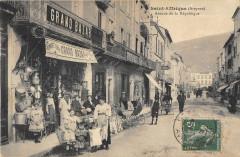 Saint Affrique Avenue De La Republique (magasin Au Grand Bazar - Saint-Affrique
