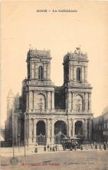 Auch La Cathedrale (Autobus Du Gers) cpa pas courante - Auch