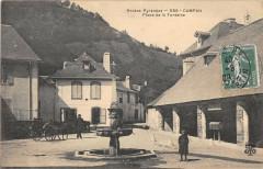 Campan Place De La Fontaine - Campan