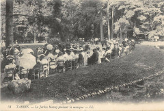 Tarbes Le Jardin Massey Pendant La Musique - Tarbes