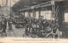 L'Ecole Des Travaux Publics D'Arcueil Cachan Atelier (autre cliché rare - Cachan