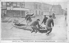 Alfortville Ravitaillement Des Habitants Inondations - Alfortville