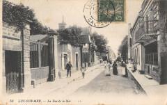 Luc Sur Mer La Rue De La Mer - Luc-sur-Mer