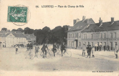 Louviers Place Du Champ De Ville - Louviers