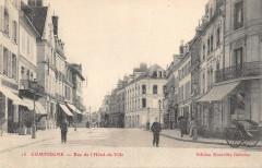Compiegne Rue De L'Hotel De Ville - Compiègne