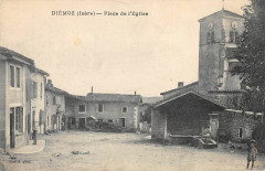 Diemoz Place De L'Eglise - Diémoz