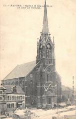 Aniche Eglise Et Grand Place Un Jour De Marche - Aniche