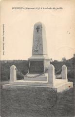 Boussois Monument Erige Memoire Des Fusilles - Boussois