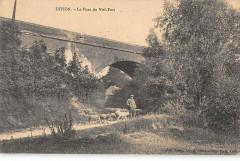 Divion Le Pont Du Viel Fort (cpa pas courante - Divion