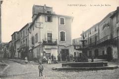 Vauvert La Rue Du Jeu De Ballon - Vauvert