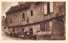 Chateaudun Maison De La Vierge - Châteaudun
