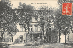 Uzes La Sous Prefecture - Uzès