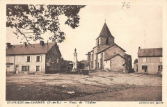 Saint Priest Des Champs Place De L'Eglise - Champs