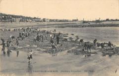 Trouville Sur Mer Pecheurs D'Equilles - Trouville-sur-Mer