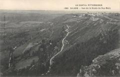 Salers Vue De La Route Du Puy Mary - Salers