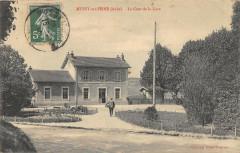 Mussy Sur Seine La Cour De La Gare (cliché pas courant - Mussy-sur-Seine