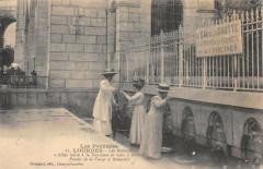 Les Robinets - Allez boire à la Fontaine et vous y laver - Lourdes