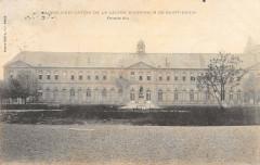 Maison D'Education De La Legion D'Honneur De Saint Denis - Saint-Denis