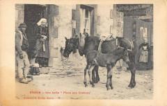 Gourin Une Halte Place Des Cochons - Gourin