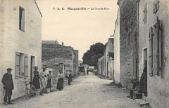 Macqueville La Grande Rue (cpa rare - Macqueville