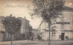 Montbron Une Rue Vue Prise Du Champ De Foire - Montbron