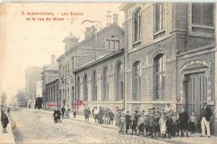 Aubervilliers Les Ecoles Et La Rue Du Vivier - Aubervilliers