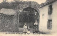 Rochefort En Terre Porte De L'Etang - Rochefort-en-Terre