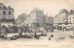 Falaise La Place Saint Germain Un Jour De Marche - Falaise