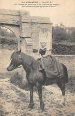 La Normandie Etudes De Costumes Coiffures De Bayeux Normande Bidette - Bayeux